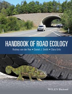 Titelseite des Buches Road-Ecology: Oben ein Bild einer Grünbrücke unten eines Chamäleons vor einem Reifen.