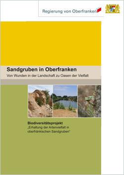 Titelseite der Broschüre mit Farbflächen und drei kleinen Sandgruben-Bildern.