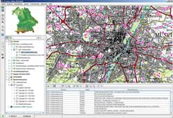 Bildschirmkopie der in vier Abschnitte geteilten geografischen Benutzeroberfläche von FIN-Web, auf der im Hauptfenster zahlreiche kleine Punkte Nachweisorte von Libellen darstellen.