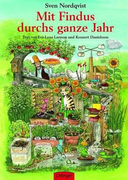 Gemaltes Titelbild des Buches, auf dem der Kater Findus inmitten eines Gartens steht, umgeben von Pflanzen, Pflanztöpfen und kleinen Tieren. Im Hintergrund ist Pettersson zu sehen, der einen Kuchen trägt.