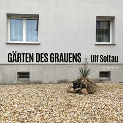 Das Titelbild zeigt den Ausschnitt eines tristen Hauses mit einem Vorgarten aus Kieselsteinen und einer vertrockneten Topfpflanze, die von Steinen gesäumt ist.